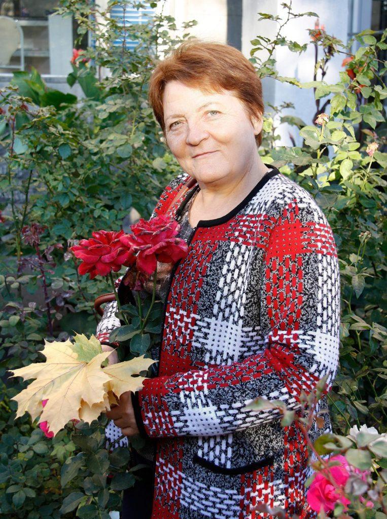 От пресбиопии к свободе от очков, за 3 месяца: Эльвира Белослудцева